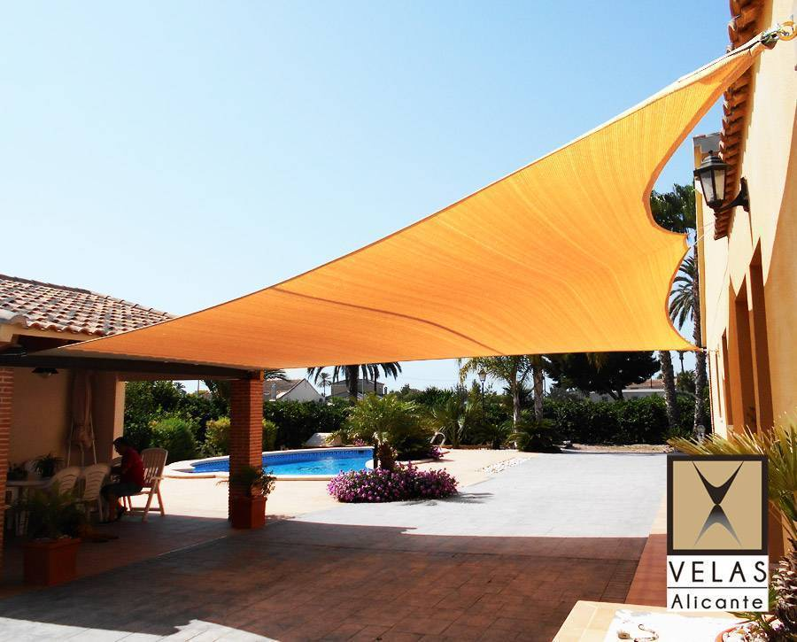 Quality shade sail awning in Rojales
